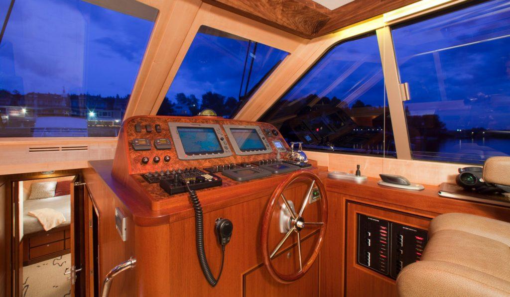 Whistler, 54' Hunt-designed jetboat by Lyman-Morse