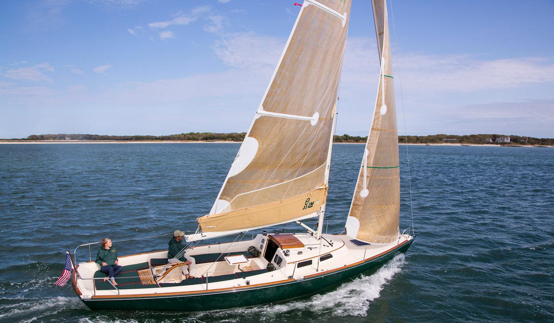 Flash, e33 yacht built by Lyman-Morse
