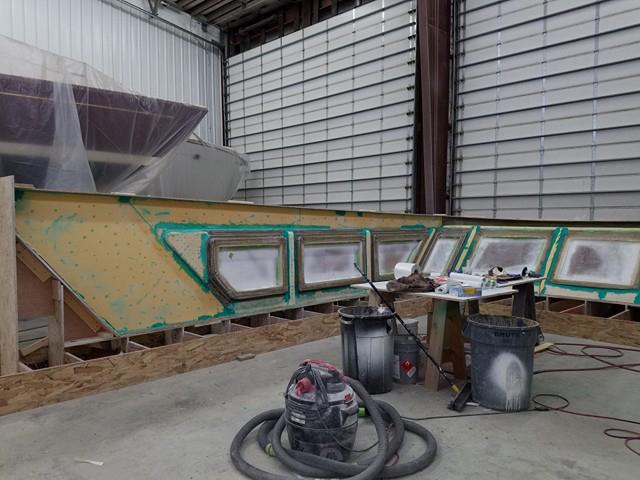 Paragon Rhapsody flybridge construction