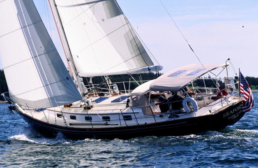 Morris 46 Seaforth sailing
