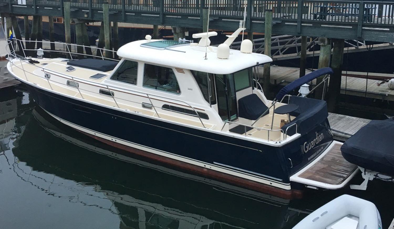 Sabre 48 Guardian docked