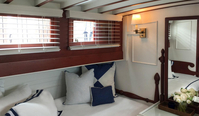 Eldredge-McInnis commuter yacht Scout