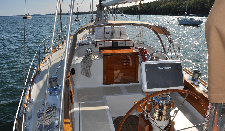 Hinckley SW 42 Eileen cockpit