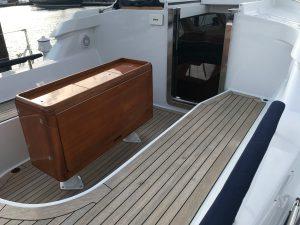 Sensation 73 yacht Valor cockpit table