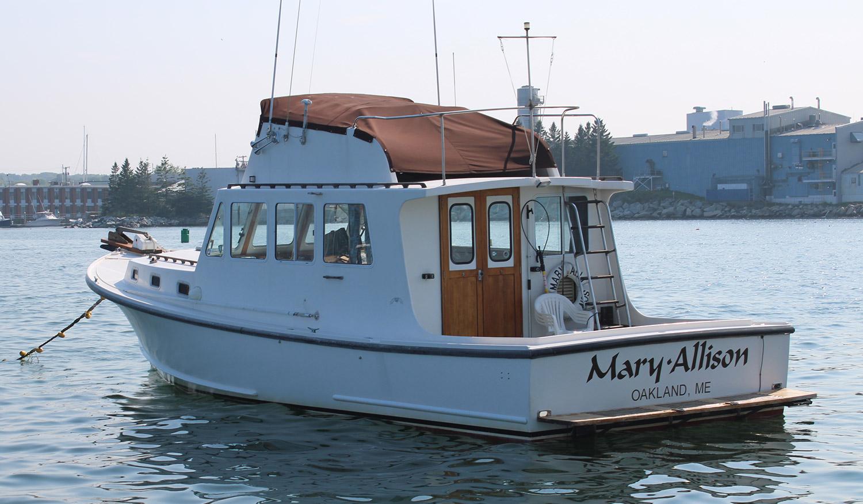 BHM 36 Mary Allison starboard transom